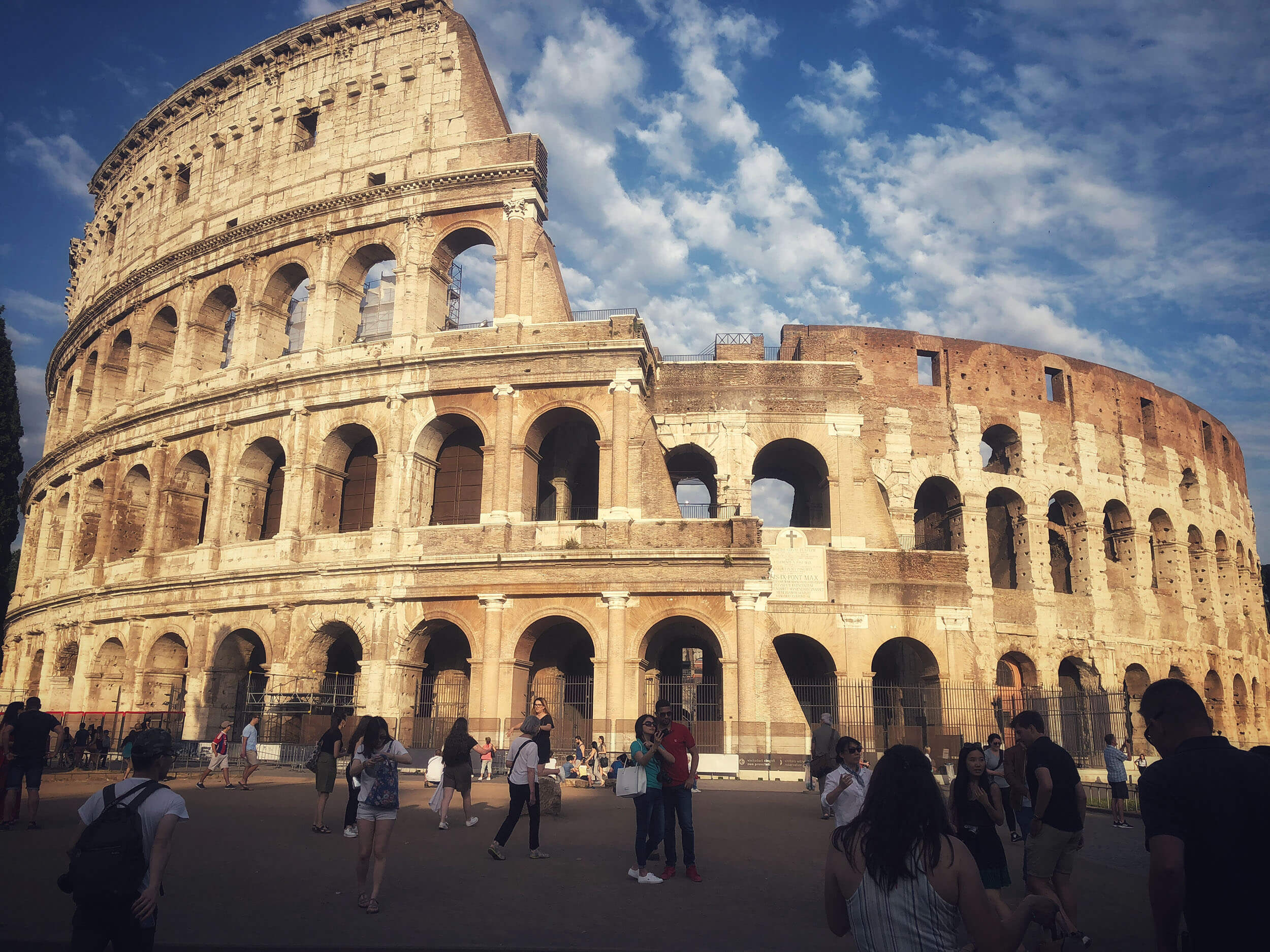 Mergeți și vizitați Roma!